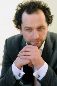 28 - Matthew Rhys -  Photo by Stéphane Kossmann