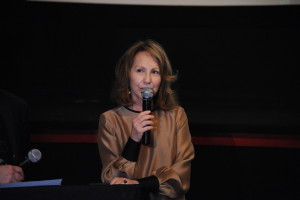 38.6 - Nathalie Baye was very touched by the ceremony - photo by Stephane Kossmann