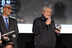 Claude Lelouch received the FFC 2017 Guest of Honor Award from BNP Paribas North America CEO Jean-Yves Fillion (credit - Stephane Kossmann)